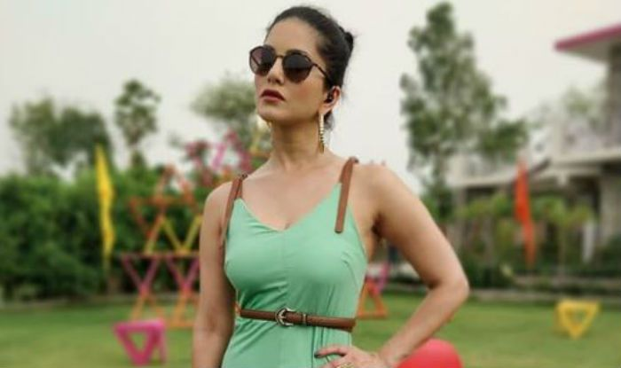 Sunny Leone Raises Hotness Quotient in a Sexy Green Summer Dress, Take a Look