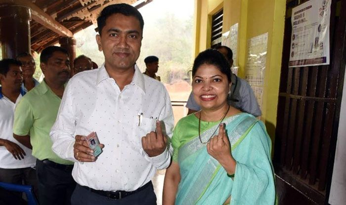 Goa CM Dr Pramod Sawant and his wife Sulakshana Sawant