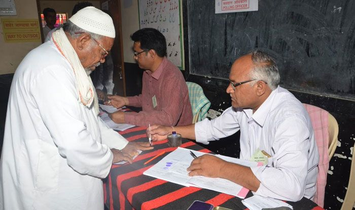 Polling in Maharashtra