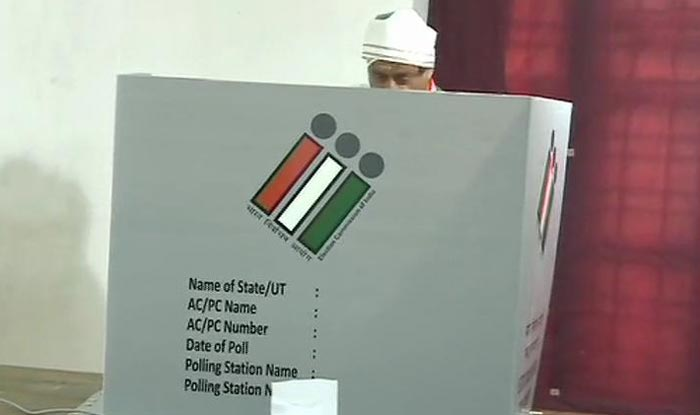 LS Polls 3rd Phase: Tharoor Alleges EVM Tampering in Kerala, Says They 'Only Registering Votes For BJP'