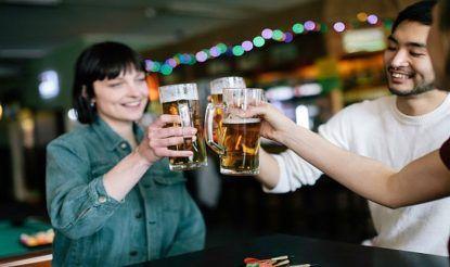 Women beat men in binge drinking
