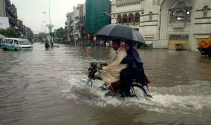 Six Killed, 23 Injured in Flash Floods in Northwest Pakistan