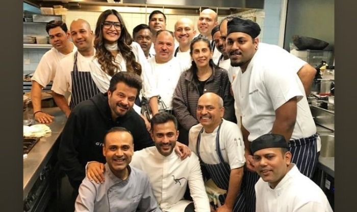 Sonam Kapoor, Anand Ahuja Have a Gala Time With Anil Kapoor, Sunita Kapoor in London, Watch