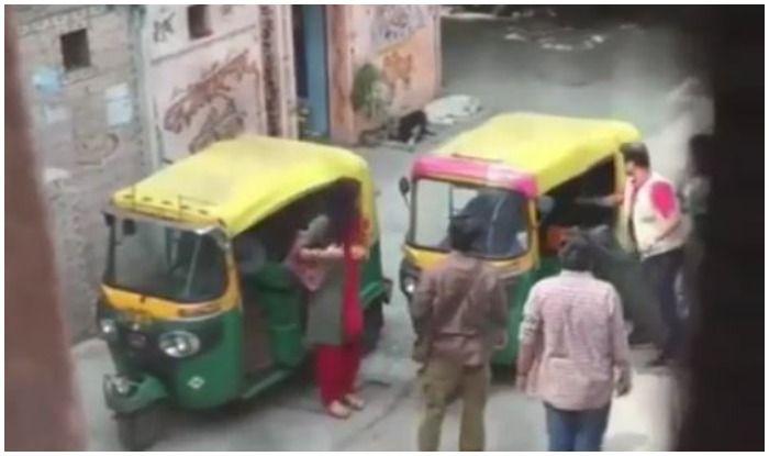 Deepika Padukone-Vikrant Massey Spotted on Sets of Chhapaak in Delhi, Watch Leaked Viral Video HERE