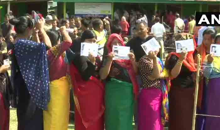 LS Polls 2019: 1,600 Candidates  in Fray For 95 Seats in Phase 2; Deve Gowda, Farooq Abdullah Among Key Contestants