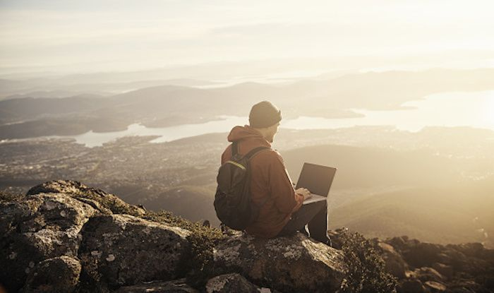How to Work While Travelling The World