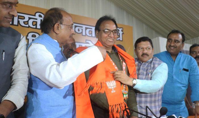 AAP MLA Anil Kumar Bajpai joins BJP
