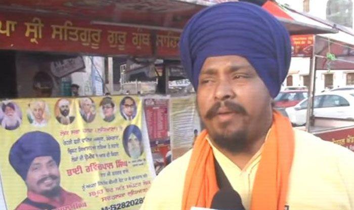 Baba Ji Burger Wale owner Ravinder Pal Singh