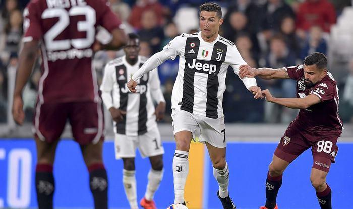 Cristiano Ronaldo, Juventus FC, Serie A, Juventus vs Torino, Latest Football News, Ronaldo