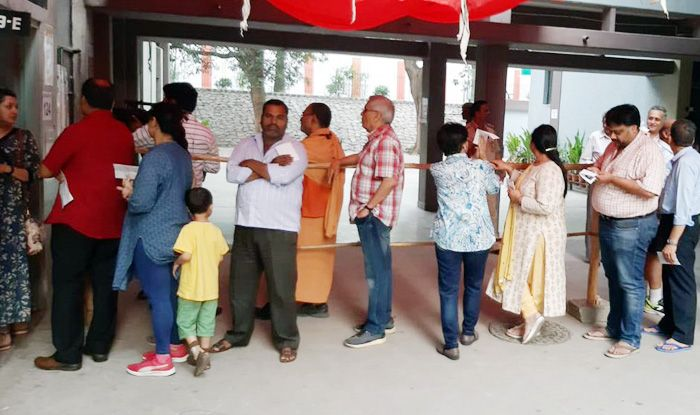 Karnataka Assembly Bypolls: 75.8 Per Cent Average Turnout Recorded in Chincholi, Kundgol