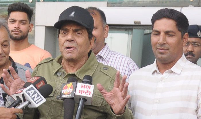 Dharmendra interacting with the media