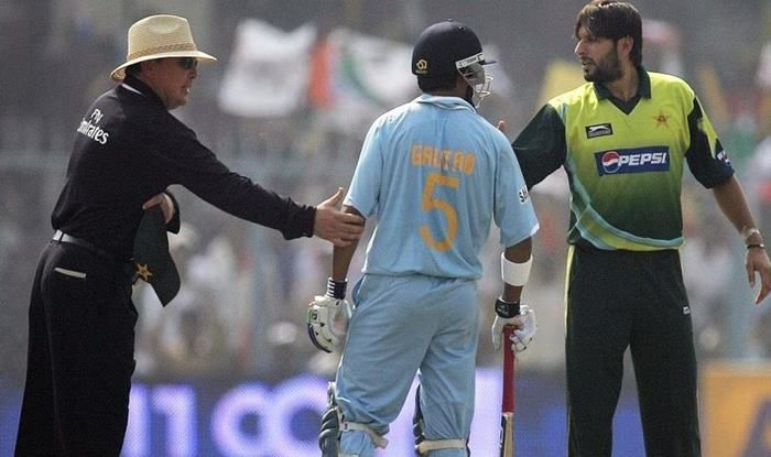 Former Indian opener Gautam Gambhir in a heated moment against Pakistan's Shahid Afridi_picture -Twitter