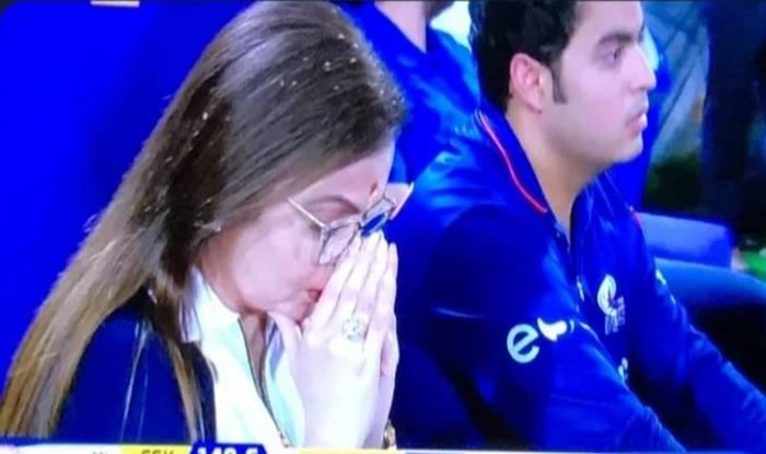 Neeta Ambani and son in the IPL final match_Picture Credits-Twitter