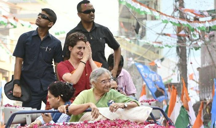 Priyanka Gandhi at roadshow for Sheila Dikshit