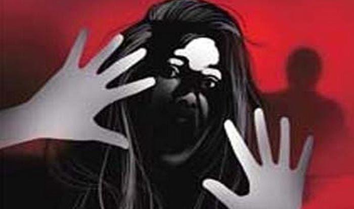 Woman Dragged, Beaten up in Broad Daylight in Greater Noida : Watch Video