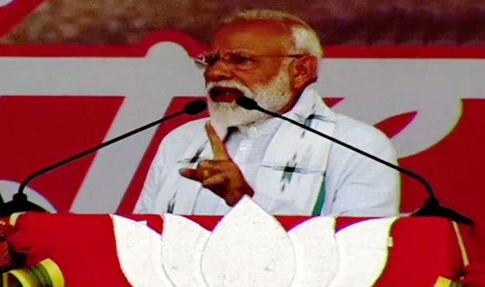 Arrogant 'Didi' Refused to Talk to me on Cyclone Fani, Claims PM Modi; Mamata Hits Back