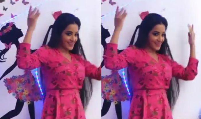 bhojpuri actress, monalisa in nazar, antara biswas, star plus nazar serial, monalisa as daayan, monalisa hot dance video, bhojpuri dance