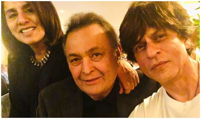 Shah Rukh Khan Makes Neetu Kapoor-Rishi Kapoor 'Feel Good About Themselves' And THIS Picture is Proof!