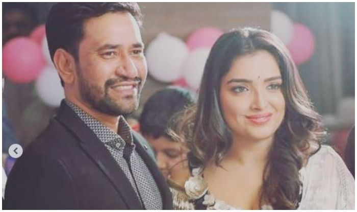 Bhojpuri Hot Couple Amrapali Dubey And Nirahua Aka Dinesh Lal Yadav's Romantic Pics From Latest Family Function Prove They Are in Relationship
