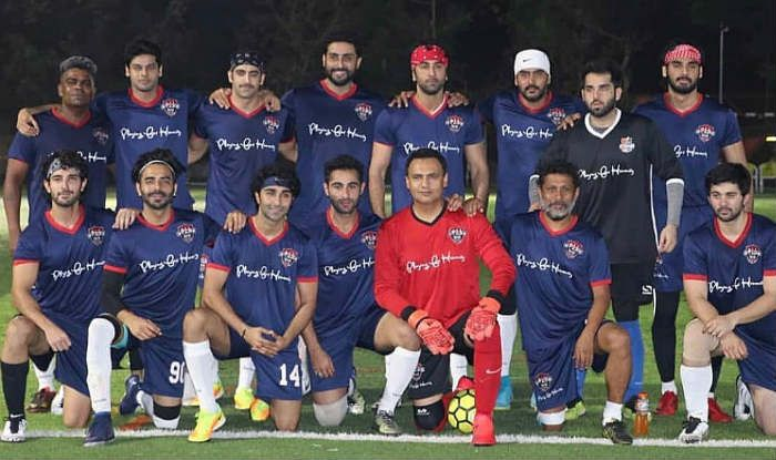 Bollywood Stars Ranbir Kapoor, Abhishek Bachchan And Others Defeat TV Actors in a Friendly Football Match
