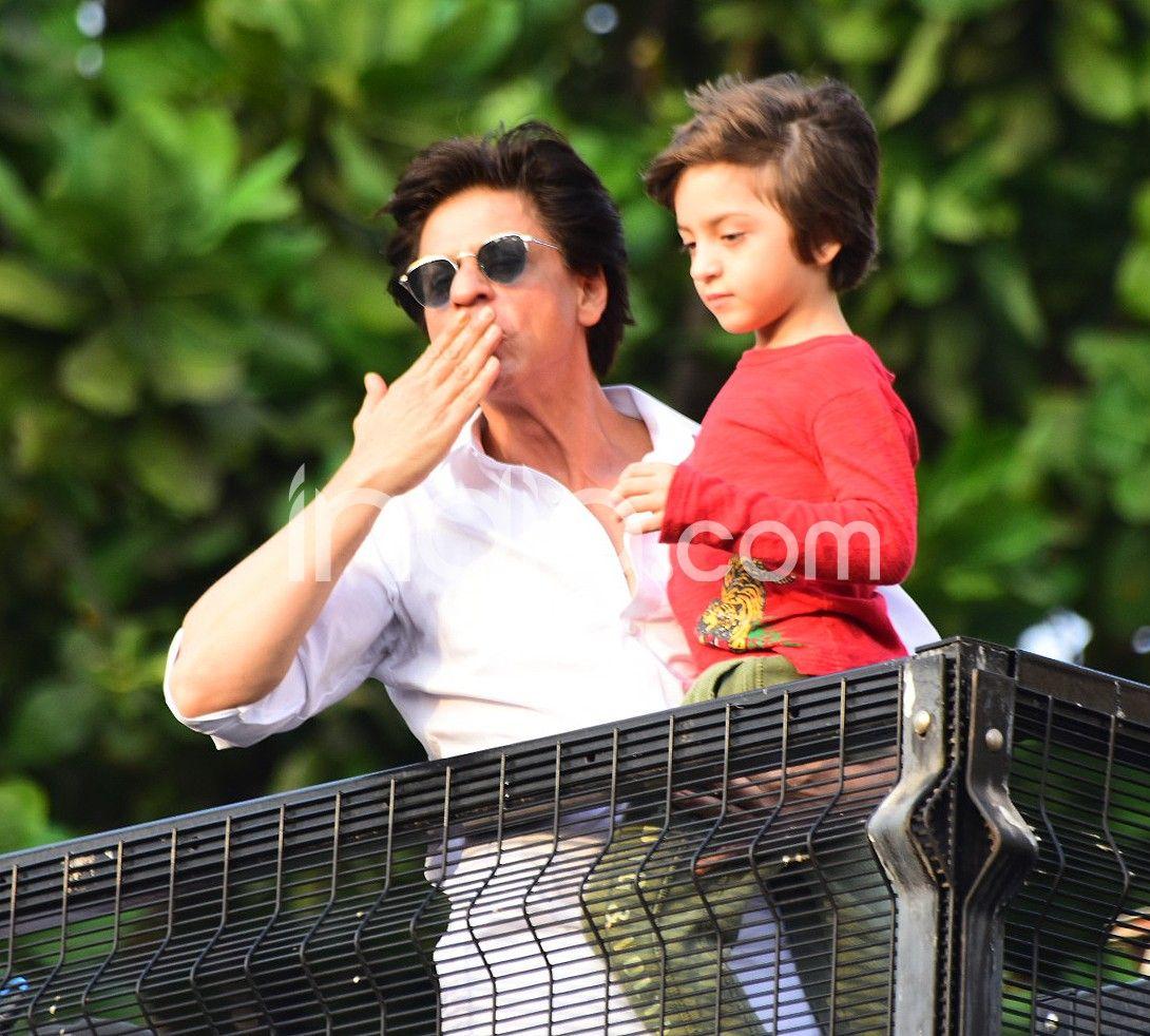 Shah Rukh Khan with son AbRam Khan