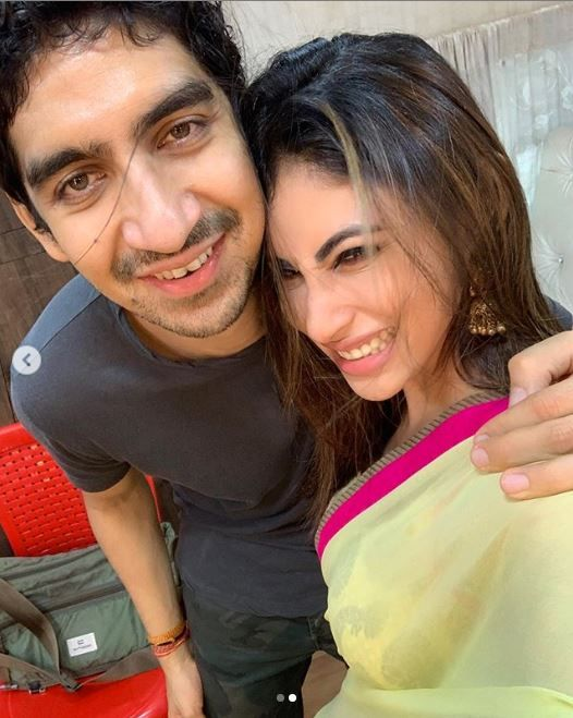 Ayan Mukerji and Mouni Roy in all smiles