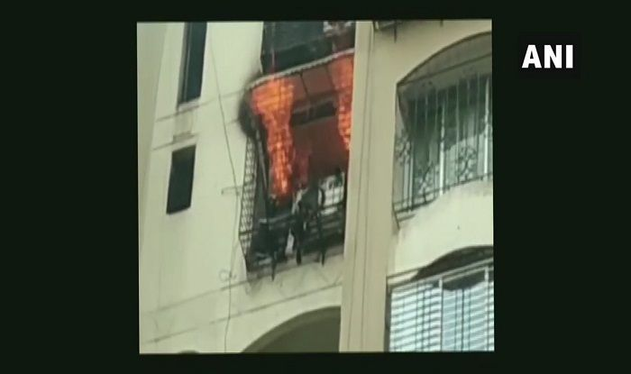 Mumbai: Fire Breaks Out at Minar Tower in Jogeshwari Area; Fire Tenders at Spot