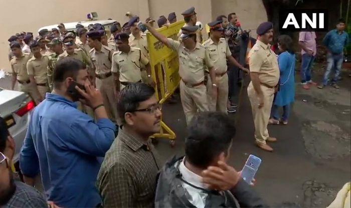 Mumbai Rains Live Updates Imd Issues Red Alert Asks