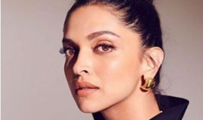 Dabboo Ratnani Shares Hot Picture of Deepika Padukone And we Are Smitten by Her Sexy Look - India.com News