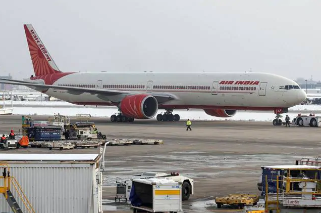 Air India Becomes First in the World to Use Taxibot on A320 Aircraft. Know What Taxibot Is - India.com News thumbnail