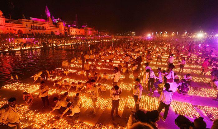 Diyas, Diwali, Happy Diwali, Earthen lamps, Ayodhya, Diwali eve, River Saryu, Ram Janambhoomi-Babri Masjid land dispute