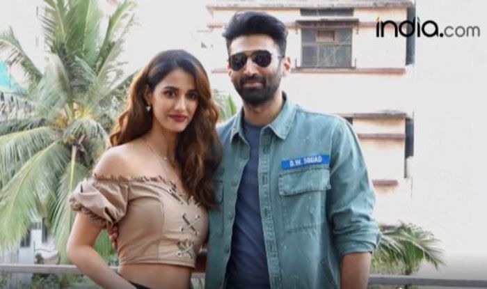Disha Patni Aditya Roy Kapoor Look Peppy As They Promote Malang
