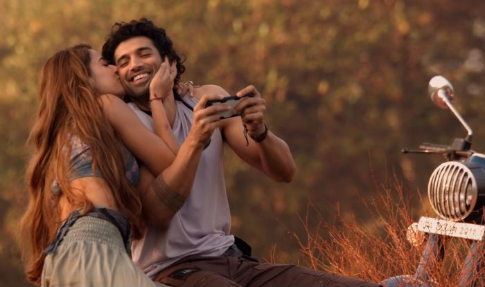 Malang Box Office Day 3 Film Beats Aashiqui 2 To Become Aditya Roy Kapur S Top First Weekend Grosser India Com