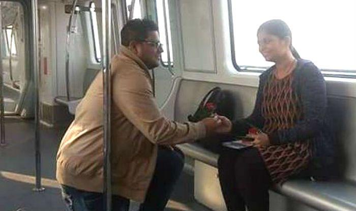 Man Proposes to Girlfriend Inside Kolkata Metro as East