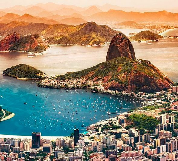 Seven Natural Wonders of The World, Mount Everest, Grand Canyon, Northern Lights, Great Barrier Reef, Parícutin, Harbor of Rio de Janeiro, Victoria Falls