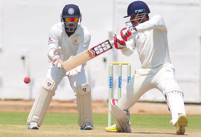 Subramaniam badrinath batsman