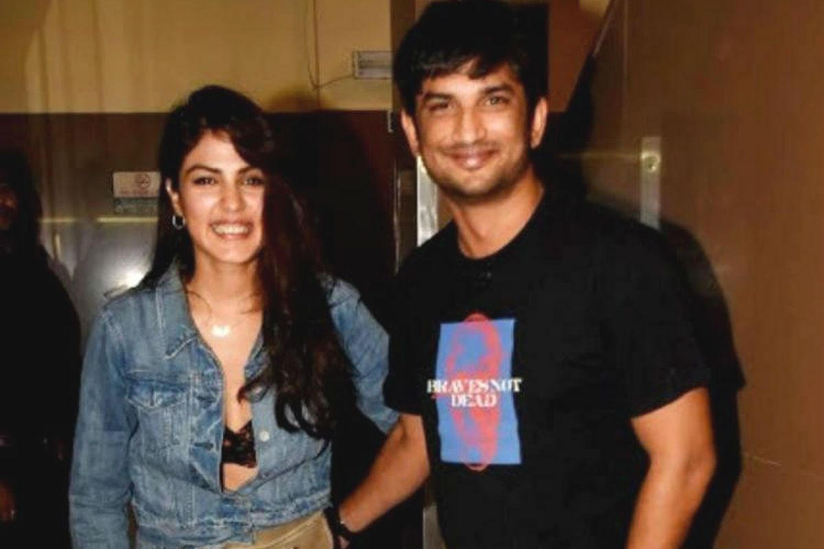 Sushant Singh Rajput Suicide Case Update: Rhea Chakraborty withdrew Rs 15 crore from the actor's bank account in the last one year