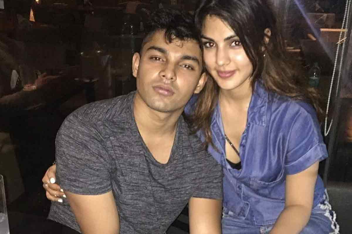 Rhea Chakraborty Gets Bail on Personal Bond of Rs 1 Lakh, No Bail For Brother Showik