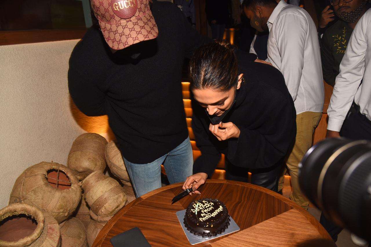 Deepika Padukone Blows Candle, Cuts Cake