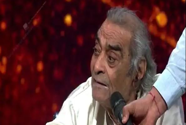 Santosh Anand left judge Neha Kakkar in tears with his moving message on Indian Idol 12 reality tv show