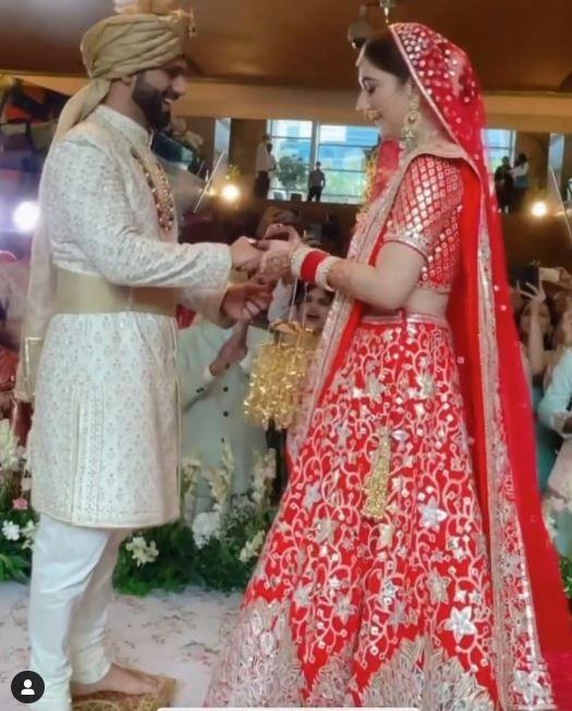 Disha Parmar - Rahul Vaidya wedding photos: First look of bride and groom
