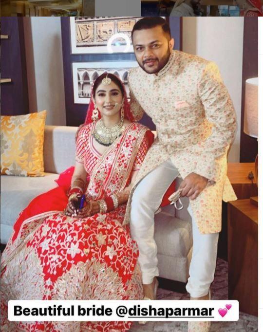Disha Parmar - Rahul Vaidya wedding photos: Rahul bends on his knees, puts the engagement ring on Disha Parmar's finger