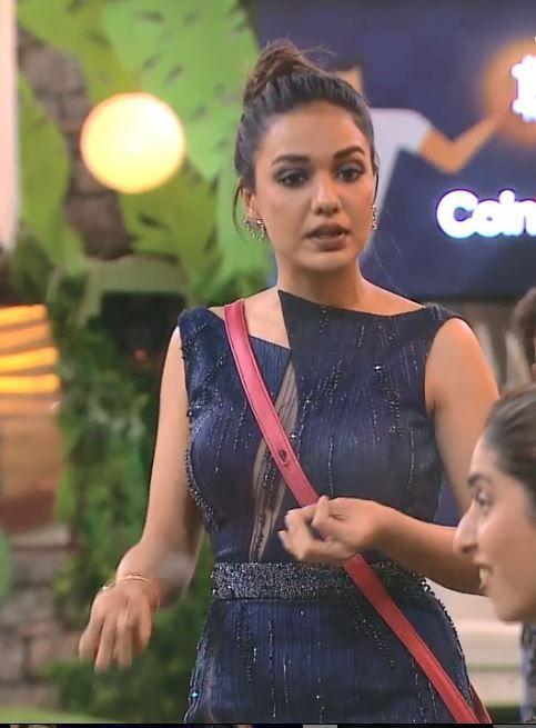 Neha Bhasin Calls Divya Agarwal 'Rotten, Kabadiwala' in Bigg Boss OTT