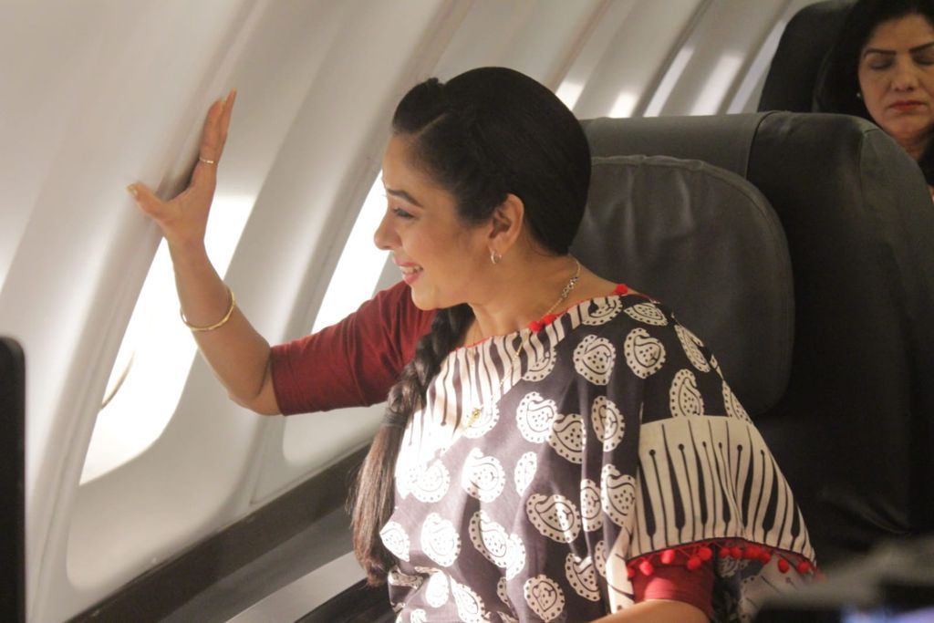 Anupama takes off for her first flight (Picture Credits: Team Anupamaa)