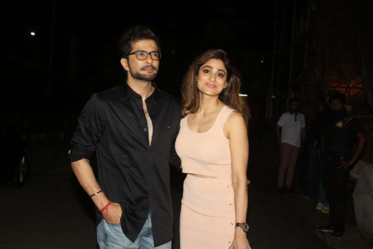Raqesh and Shamita spotted for a dinner date in Mumbai