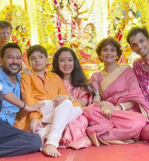 Rupali Ganguly Shares Pictures From Durga Puja Pandal 2021 Photo Credit: Instagram/@ rupaliganguly