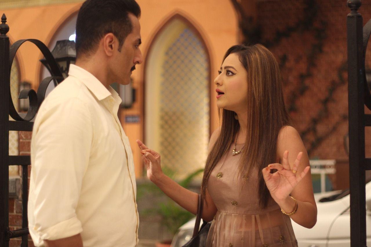 Kavya informs Vanraj about her new job (Picture Credits: Team Anupamaa)