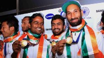 Asian Games 2014 Gold winning Indian Men Hockey team at Delhi International Airport