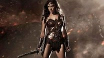 Sexy first look of Wonder Woman Gal Gadot in Batman vs. Superman: Dawn of Justice!